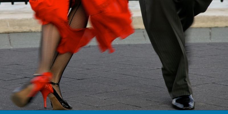 It takes two to tango, oder?